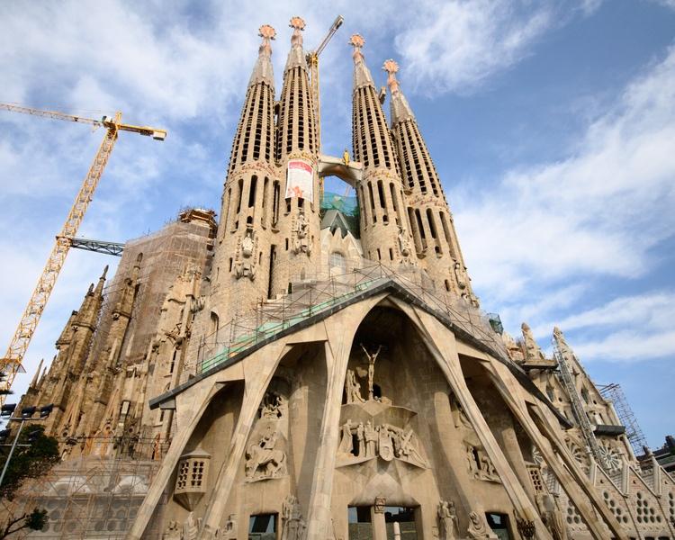 Barcelona: Five Must-Do Activities