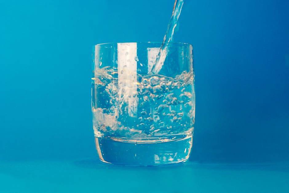 water glass theme water 16490 - Eat Your Way to Glowing Skin